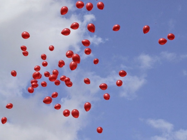 99_red_balloons____by_callumh93-d45v5m5
